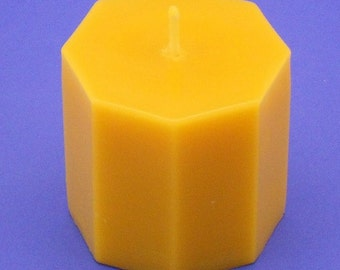 Beeswax Pillar, 3.2 x 3 Octagon Pillar Candle, Beeswax Candle, Housewarming Gift, Organic Candle, Bees Wax Pillar, Bees Wax Candle, 3.2 x 3