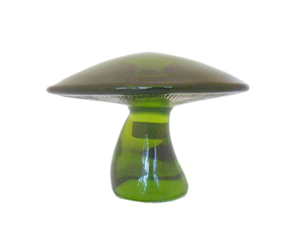 vintage glass mushroom paperweight viking glass