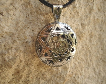 Sterling silver double Star of David pendant