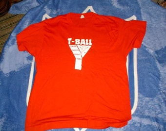 YMCA Central Chester County PA t Ball t shirt vintage large Screen Stars