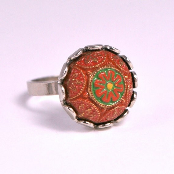 Vintage 60s 70s Domed Ethnic Floral Cabochon Ring