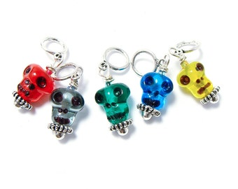 Color glass skulls knitting stitch markers Day of the Dead / Halloween transparent
