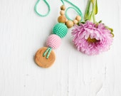 The Best Babywearing Necklace / Nursing Necklace by KangarooCare - mint & baby pink