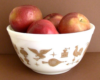 """1970's Pyrex """"Early American"""" Vintage Nesting Bowl (#402)"""