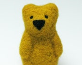 FREE SHIPPING Hand felted brooch in mustard yellow. Felt fashion. Little teddy bear. Animal. Fiber art. Spring & summer trends. - EttarielArt