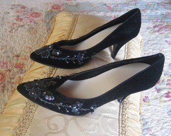 SAle Vintage Velvet Shoes with Iridescent Sequins and Beads