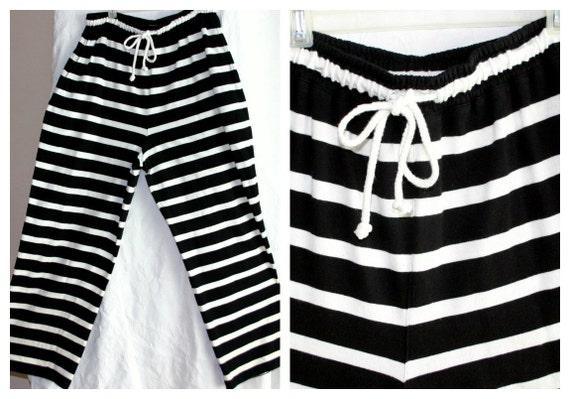 1980s designer Adrienne Vittadini cotton knit striped resort pants / navy blue & white nautical / large size