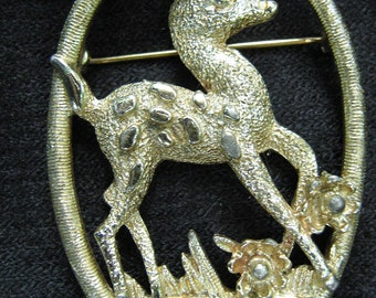 Sarah Coventry Little Doe, Deer, Fawn, Bambi Brooch, Pin, Goldtone