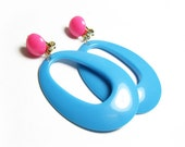Vintage Turquoise and Pink Earrings, 60s Mod Chic - Boucles d'Oreilles. Vintage Jewelry by My Chouchou.
