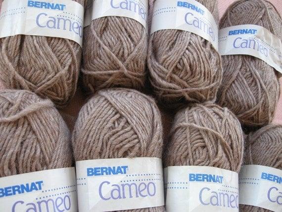 Bernat Cameo, a Destash yarn, Vintage, 80 Wool, 20 Alpaca, made in Italy for Bernat.