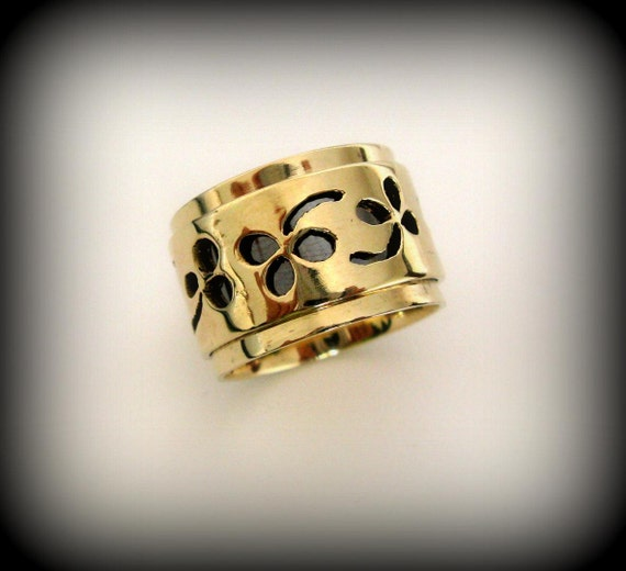 Statement Ring. Unisex Spinner wedding Rings in 14K Solid Gold. Made to Order