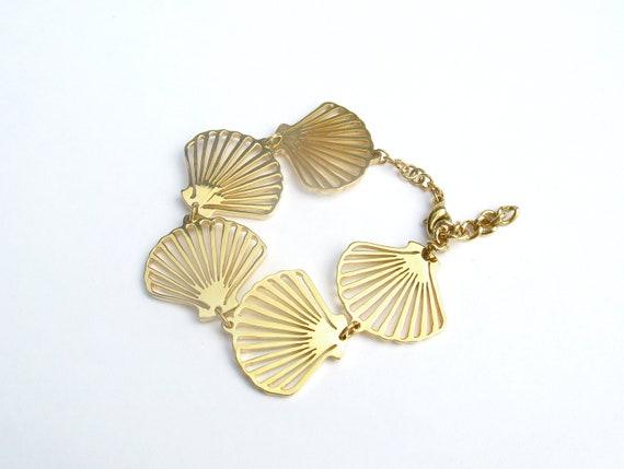 Golden Shell bracelet