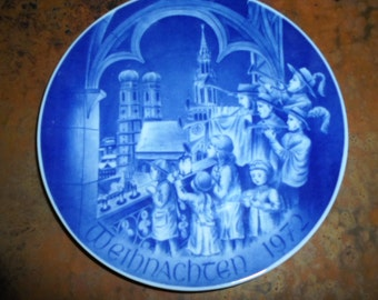 Vintage 1972 Christmas Plate Seen from Peterss Chruch  Munich