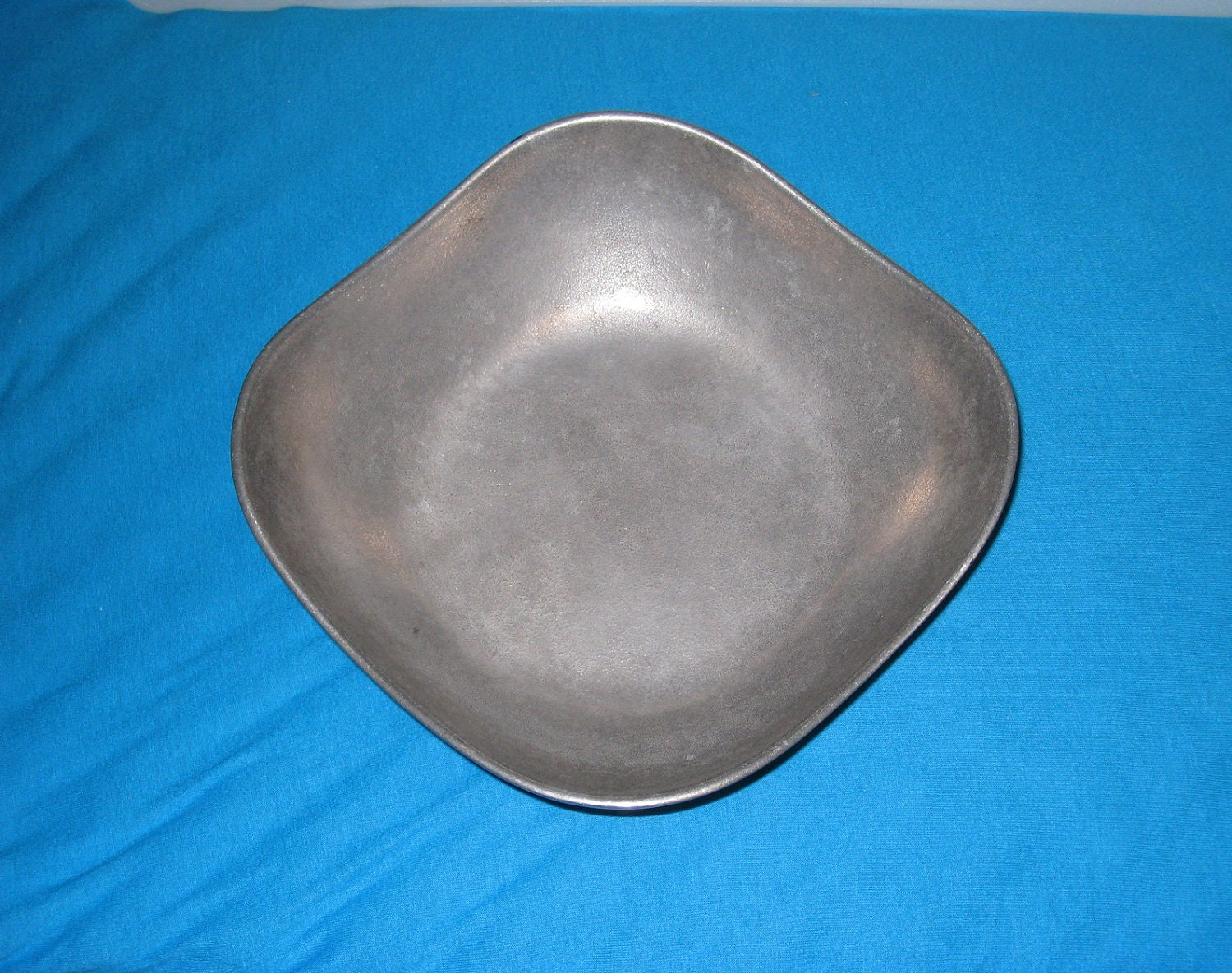 Wilton Armetale Square Serving Bowl Mount Joy Pa 9