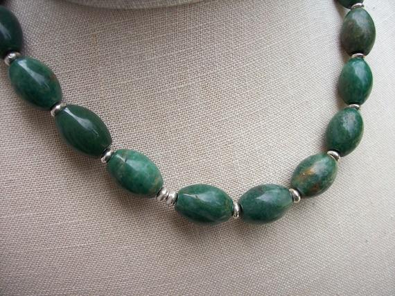 Green Malachite oval gemstone necklace vintage everyday jewelry beaded