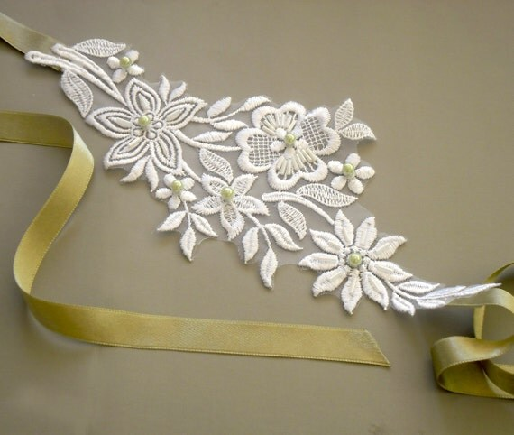 Bridal Headband, Applique Lace. Mint Lush Green Satin Ribbon, Pearl Beads, Minimal Wedding