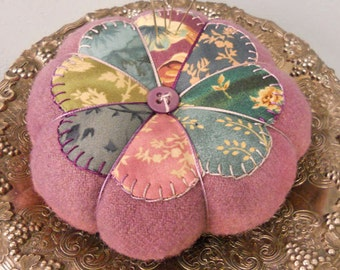Elegant pincushion and cup rug complete kit...pattern designed by Mickey Zimmer for Sweetwater Cotton Shoppe