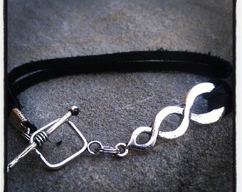 INIFINITY Bracelet on Genuine Leather