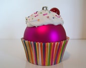 Christmas Ornament / Cupcake Ornament