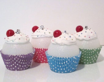 Cupcake Ornaments / Christmas Ornaments / Set of 4