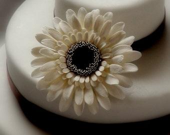 Gerbera Daisy Cake Topper