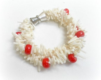 Bracelet - white and red coral -  length 20 cm, 3 Twisted Strands - Magnetic clasp - Silver tone
