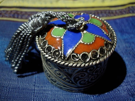 Enamel Moroccan  pill pot tin container with silk tassle