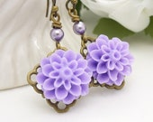 Lilac purple flower earrings, pale spring tone lavender resin flower earrings, light purple jewelry, antique bronze brass