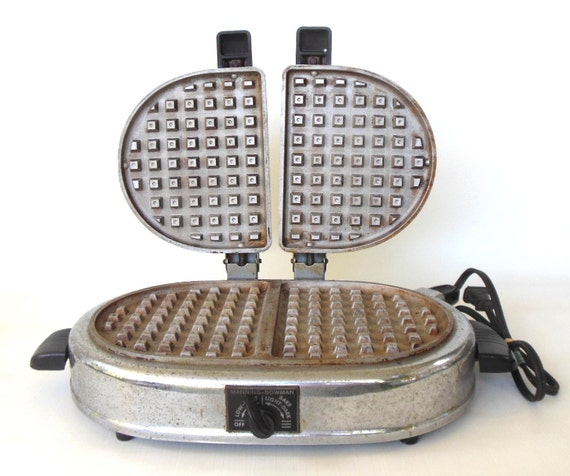 Vintage Waffle Iron - Oval Twin Manning Bowman