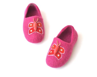 Pink handmade felted slippers - girl - buterfly