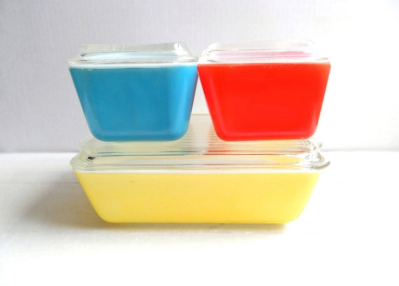 Vintage Pyrex Primary Colors Complete Refrigerator Set