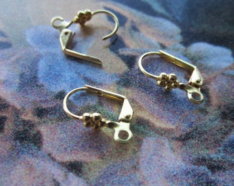 Brass Lever Back Ear Wires With Flower Design 5 Prs.
