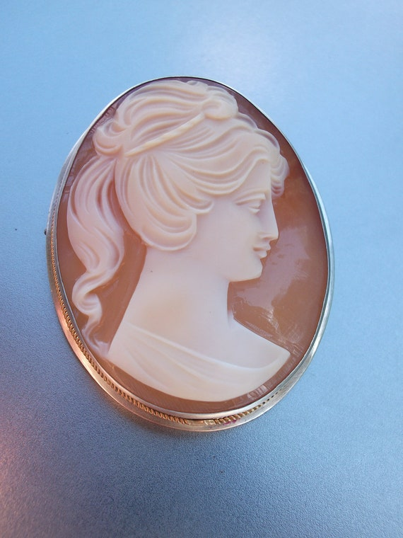 Spring 25% off coupon code---Sterling Silver 14k Art Deco Carved Shell cameo Brooch Pendant