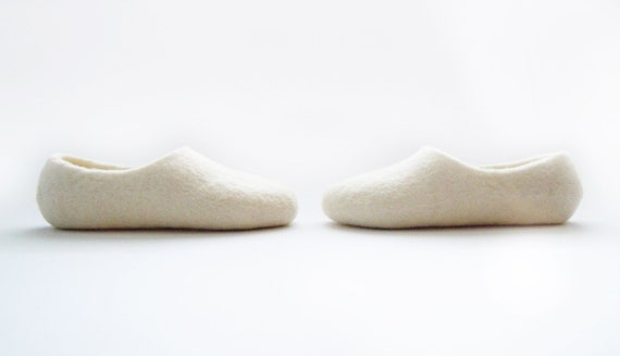 Simple felted kid size slippers