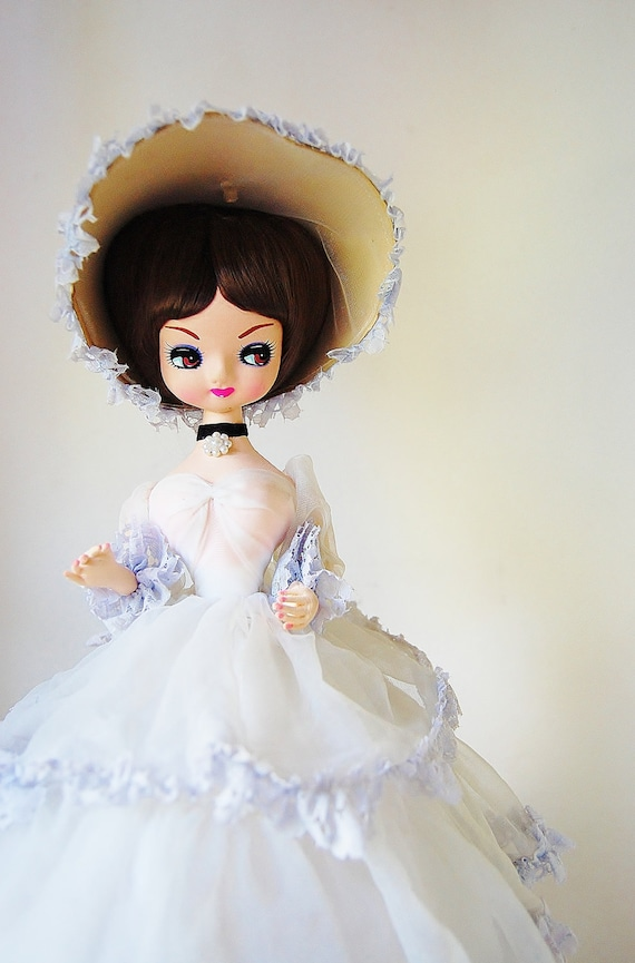 Pose Doll Southern Belle Large