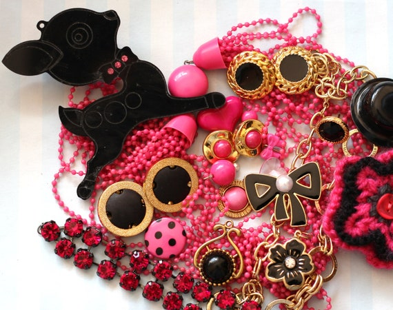 Destash Assorted Vintage Kitsch Gold Pink Black Charms Pendants Deer 80s Cabochons Buttons Beads