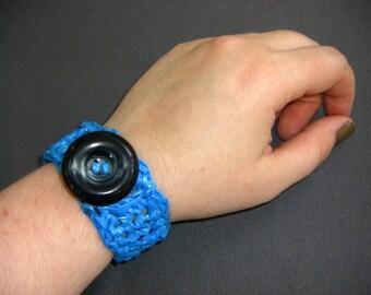 Bright Blue Plarn Bracelet with Jumbo Vintage Saucer Button