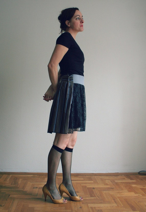 Asymmetric lace skirt, adjustable size - only one piece