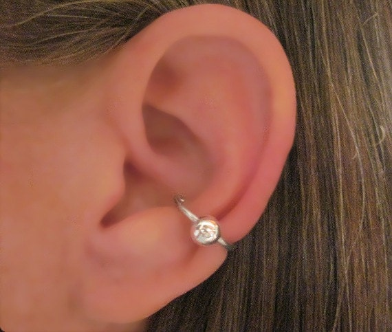 no piercing captive big ball conch ear cuff. Black Bedroom Furniture Sets. Home Design Ideas