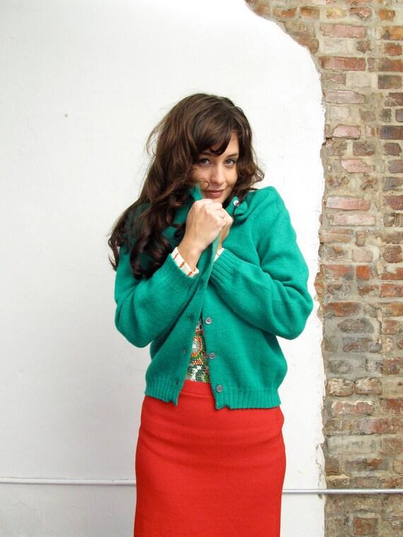won't you be my neighbor. vintage 60s holiday green cozy cardigan. Bobbie Brooks. size small/medium