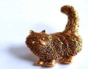 GOLD //// plated Cat Pin