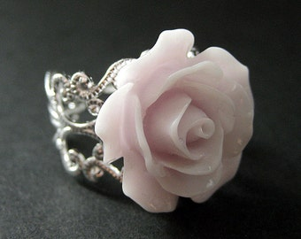 Pale Purple Rose Ring. Purple Flower Ring. Filigree Ring. Adjustable Ring. Flower Jewelry. Handmade Jewelry.
