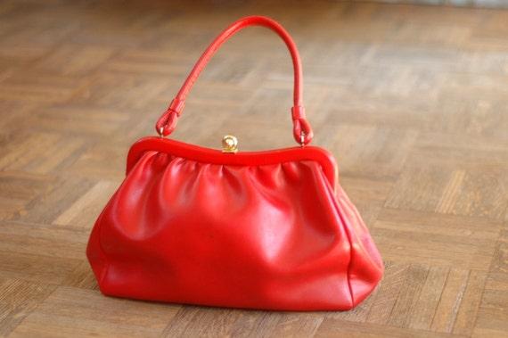 25% OFF SALE / vintage 1950s red handbag
