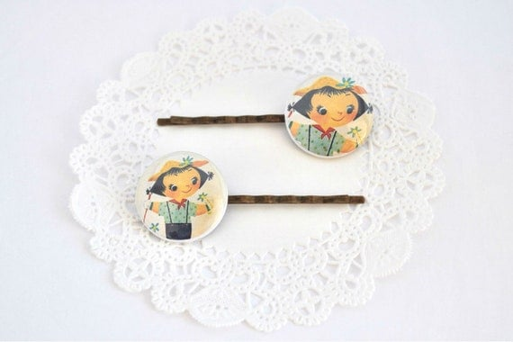 Bobby Pin Vintage Picture Flower Girl, Antique Brass, Glass cabochon
