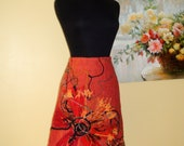 Beautiful and eye-catching Wool skirt ,lined