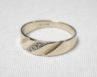 Mens Gold and Diamond Ring - 10K Solid Gold - Genuine Diamonds - Vintage