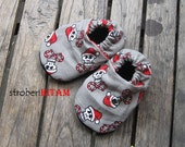 Christmas santa skull candy cane Baby shoes newborn 0 to 6 Months Size 1 - Ready to Ship