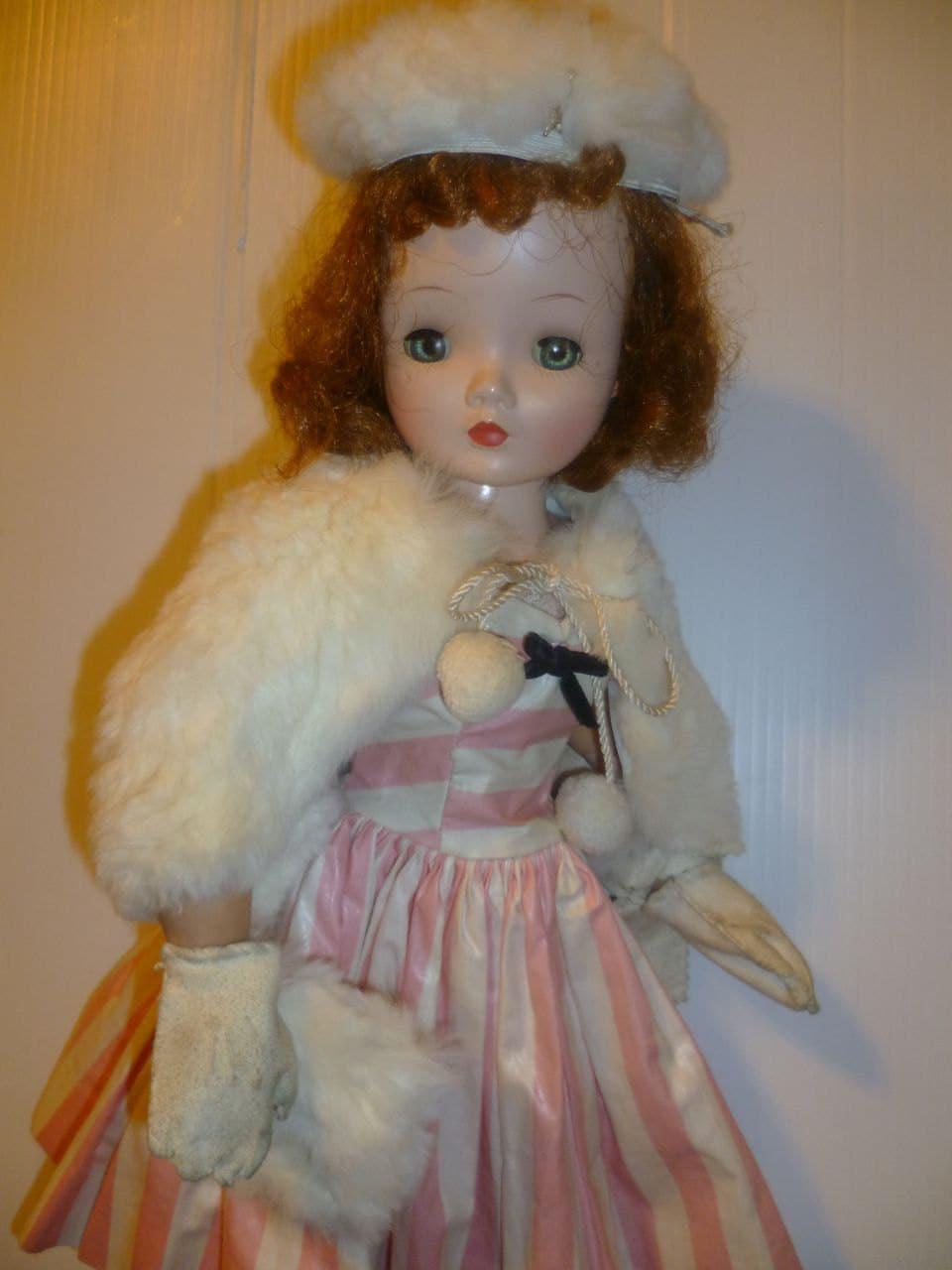 vintage madame alexander cissy fashion doll by