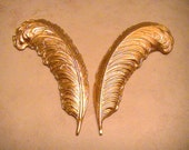 Medium Feathers Raw Brass Stamping Mix Media Collage Altered Art Jewelry Supplies (2pc set) Left Right Feathers