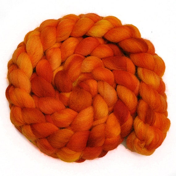 Handpainted roving - BLOOD ORANGES - English Shetland wool spinning fiber, 4.2 ounces